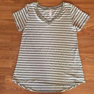 Gray/white striped tee